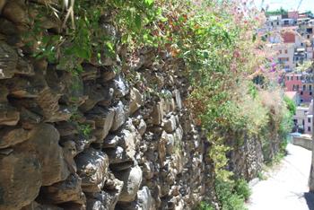 マナローラ壁