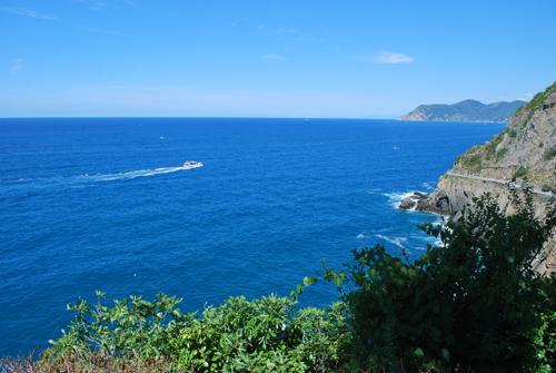リオマッジョーレの青い海