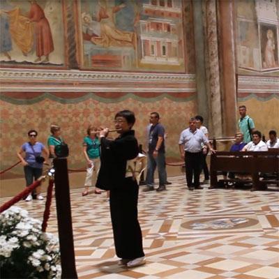 イタリアの教会で雅楽
