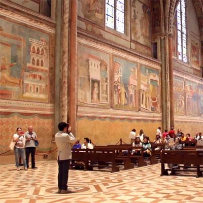 アッシジ聖フランチェスコ教会