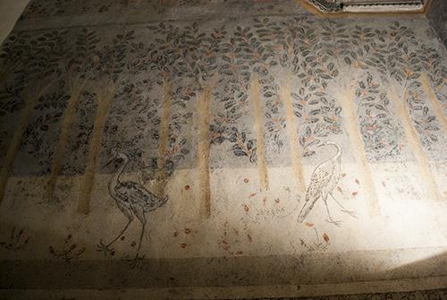 ダティーニの家フレスコ画コウノトリ