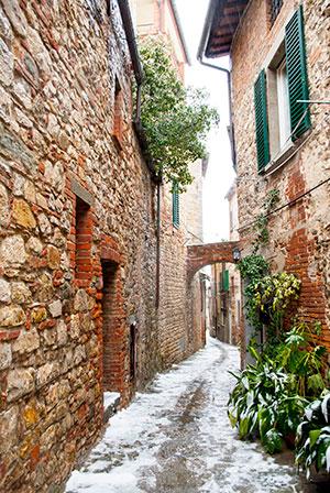 ルチニャーノ町風景