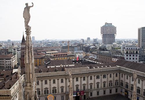 ミラノのドゥオモ眺め