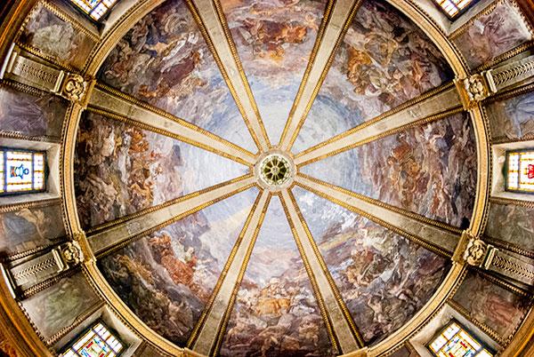 ミラノの教会天井