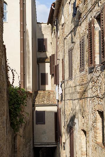 サンジミニャーノの狭い路地