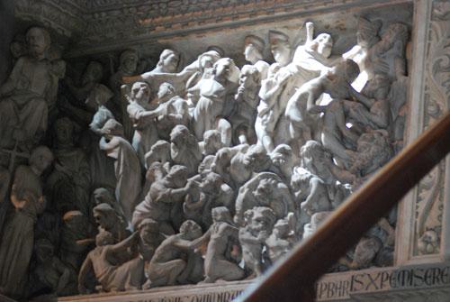 ピサのドゥオモ説教台の彫刻