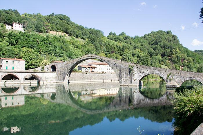 トスカーナの悪魔の橋