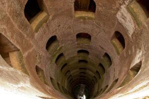 聖パトリッツォの井戸内部
