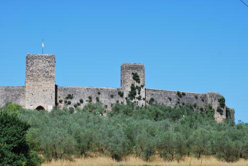 モンテリッジョーニ城塞