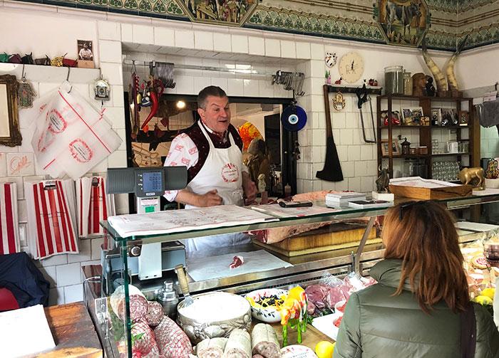 パンザーノ肉屋