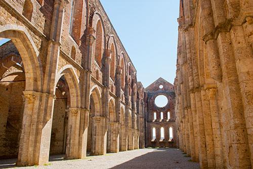 サンガルガーノ修道院内部