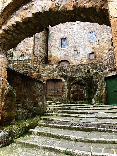 ピティリアーノ階段門