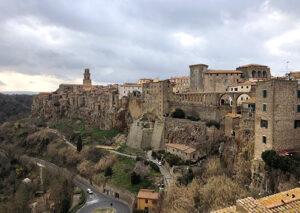 ピティリアーノの町