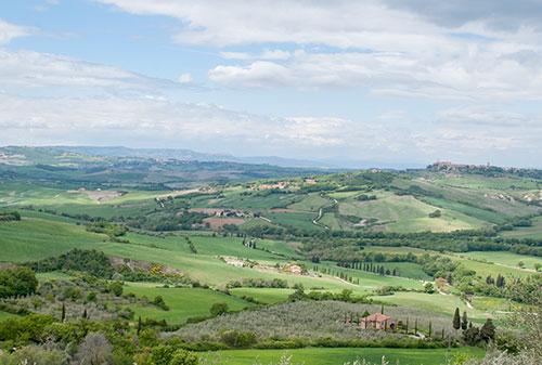 オルチャ渓谷全景