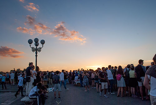 夕暮れ時のミケランジェロ広場