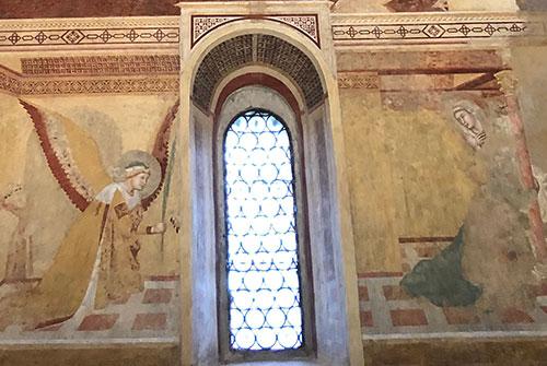 モンテシエペ礼拝堂のフレスコ画