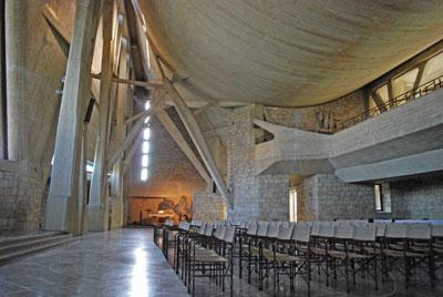 聖母マリアの祭壇