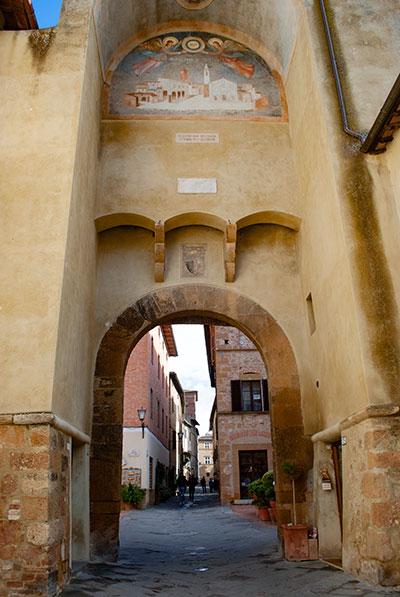 ピエンツァの門