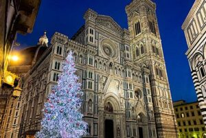 フィレンツェのドゥオモ前のツアー