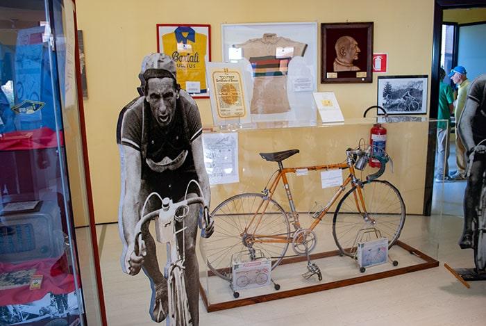 フィレンツェ郊外の自転車博物館