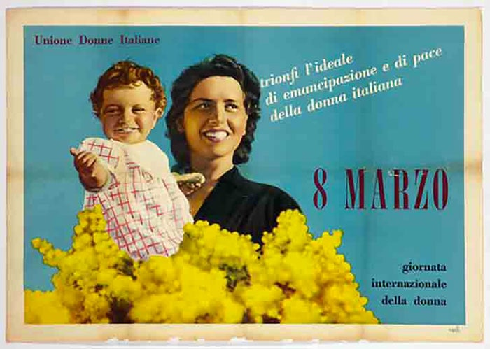 国際女性の日、ミモザとイタリア人女性
