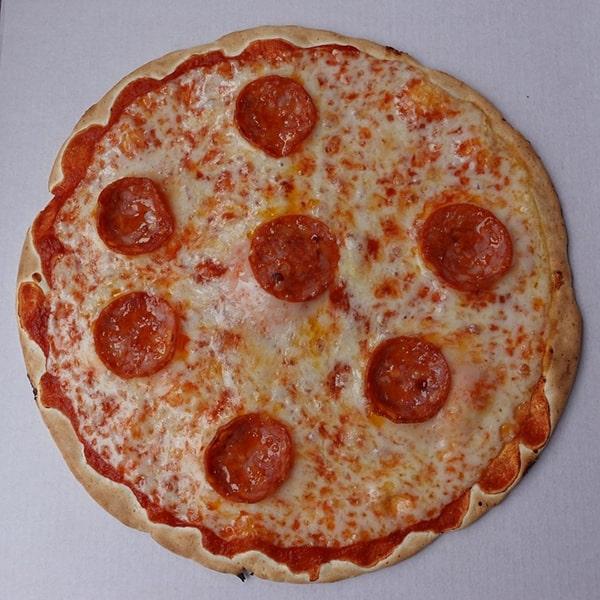 サラミのピッツァ